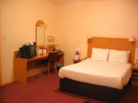 Premier Inn London County Hall Hotel Photo