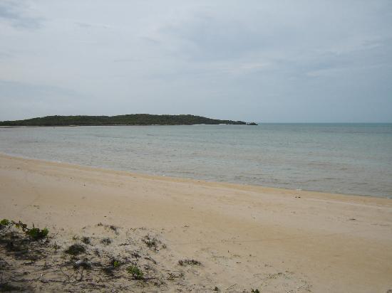 Chez Pierre Bahamas: Chez Pierre Beach