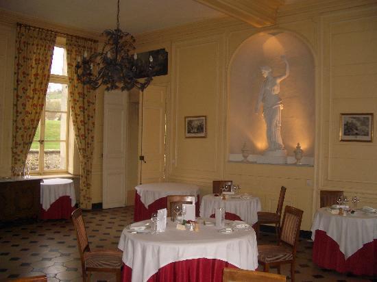 Chateau D'Etoges: Restaurant