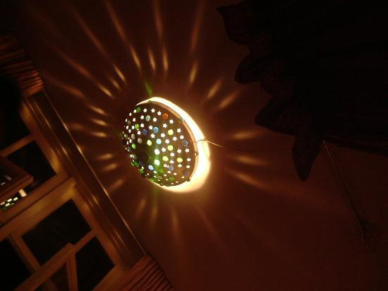 misc eatdrinksleep : Our funky light fitting!