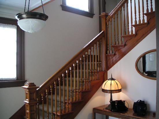 Fort Worden: Beautiful banister to upstairs bedrooms