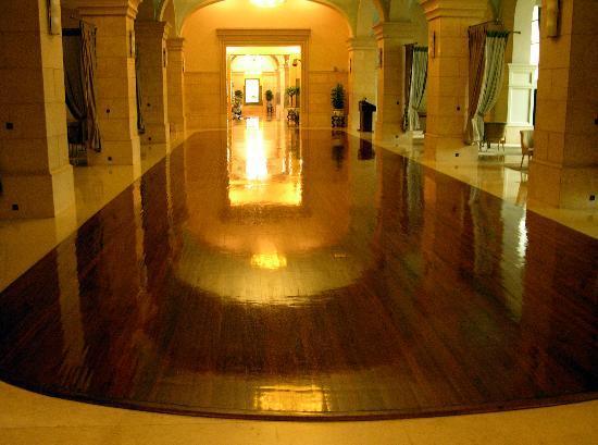 100 year old dance floor building b picture of beijing for 100 floors floor 62