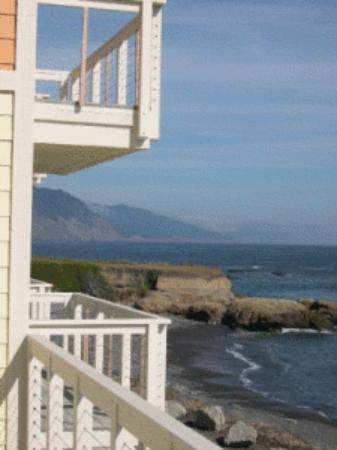 Balcony - Picture of The Tides Inn of Shelter Cove - Tripadvisor
