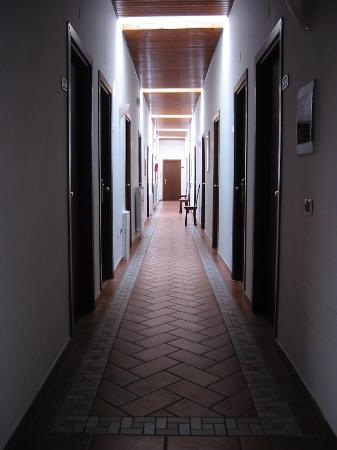 Hotel San Marco Gubbio: Corridor on upper floor