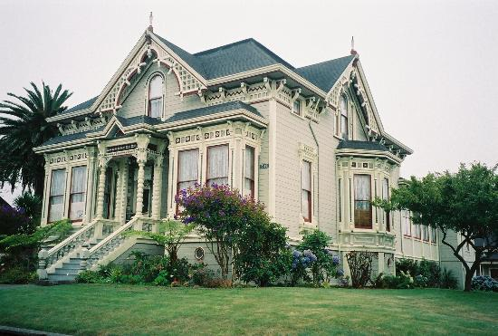 Abigail's Elegant Victorian Mansion - Historic Lodging Accommodations: What a beauty!