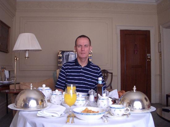 The Connaught: Butlers's Breakfast Delivered To Suite