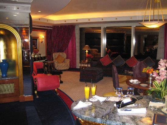 Burj Al Arab Jumeirah: main room 2