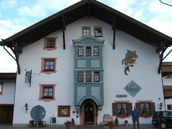 Hotel Das Ruebezahl: Me standing outside Ruebezahl. 3/05