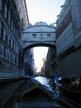 Palazzo Priuli: Bridge of Sighs