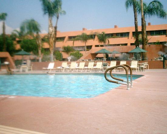 Living Area Picture Of Marquis Villas Resort Palm Springs Tripadvisor