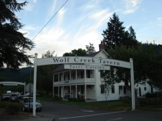 Wolf Creek Inn: Charming and Welcoming!