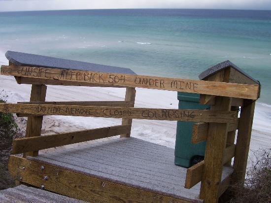 seagrove beach damaged walkover 8/18/05
