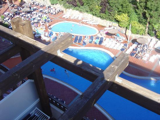 H10 Mediterranean Village: another roof top view of pool