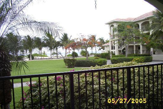 Pelican Cove Condos: Pelican Cove Condo Living Room