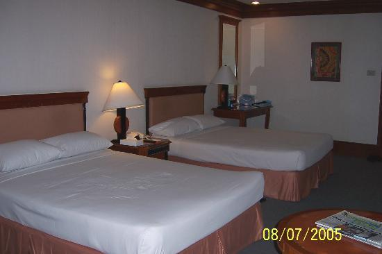 Pasig, Philippines: Our queen size beds were very comfortable!