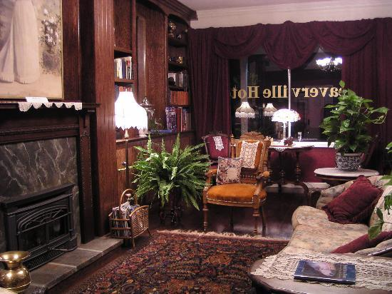 Weaverville Hotel & Emporium: parlor view