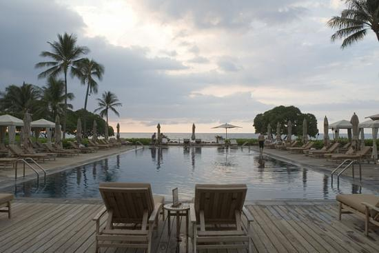 Four Seasons Resort Hualalai: Beach Tree Pool for relaxing