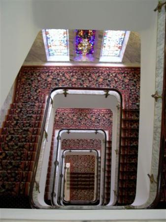 Sofitel Legend The Grand Amsterdam : a walk down the staircase