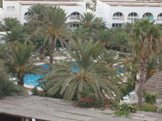 Hotel Kanta: Balconey overlooking the pool
