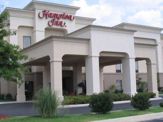 Hampton Inn Bartlesville: Hotel Exterior