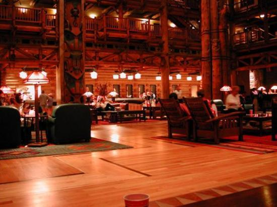 Disney's Wilderness Lodge: Wilderness Lodge Lobby