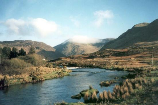 Leenane, Irlandia: The River
