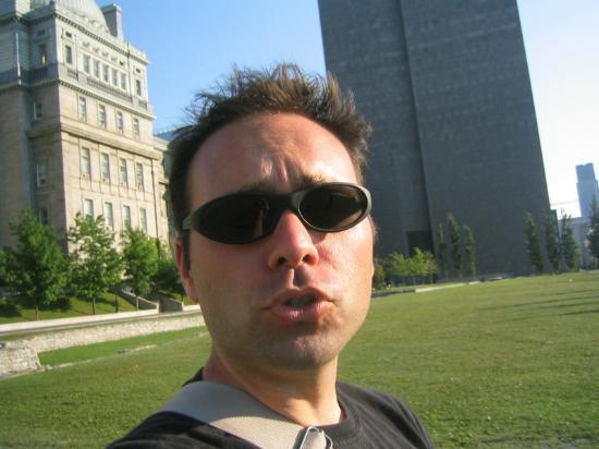 Hotel de L'Elysee: Bonjour Montreal!