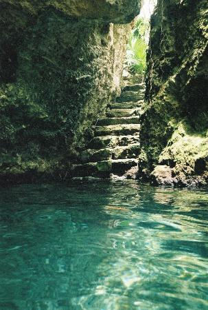 Beautiful Peaceful Underground River Picture Of Xcaret