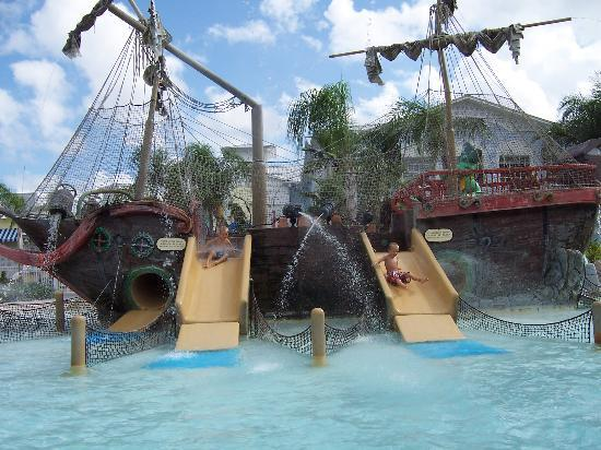 Marriott's Harbour Lake: Pirate Ship Water Park