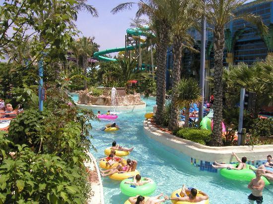 H10 Mediterranean Village: costa carribe water park