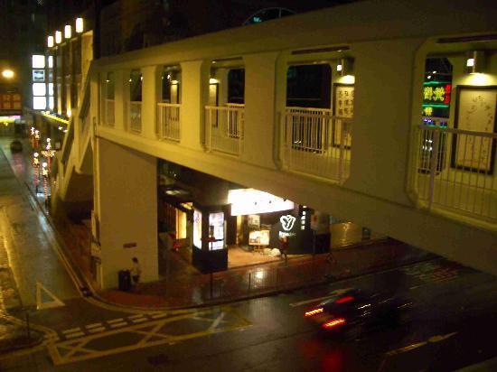 Rosedale Hotel Hong Kong: The Bridge