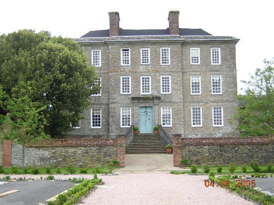 The Kingston Estate: Kingston House