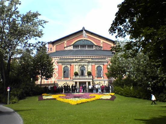 Hotel Bayerischer Hof: Wagners Festival House