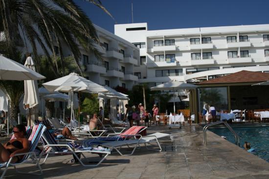 Louis Ledra Beach: Pool pic1