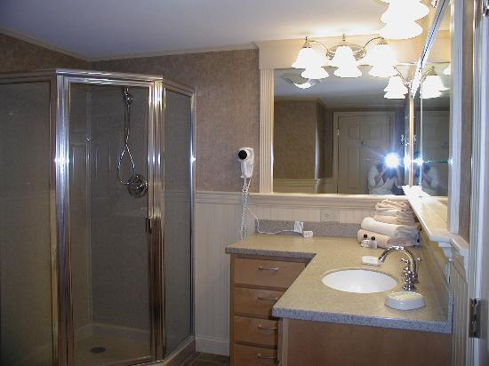 Bluegreen Vacations South Mountain, Ascend Resort Collection: Bathroom