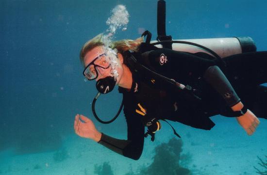 The Seagate: Eva at 60 feet. 2004