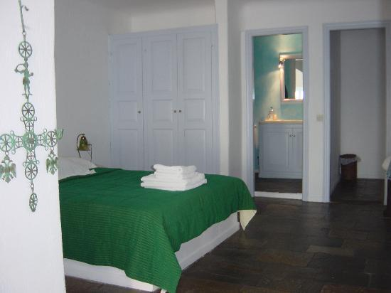 Astra Suites: Bed in the superior room - mini-suite