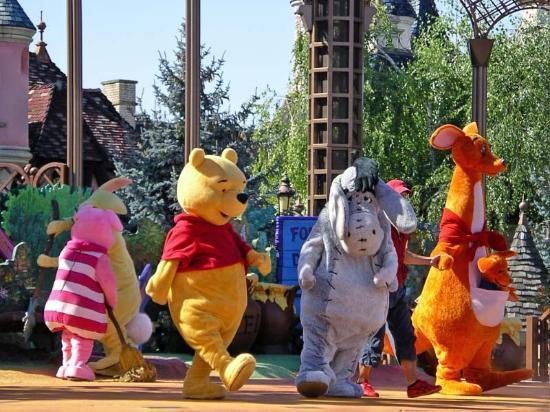 Disneyland Park: The Winnie The Pooh Show