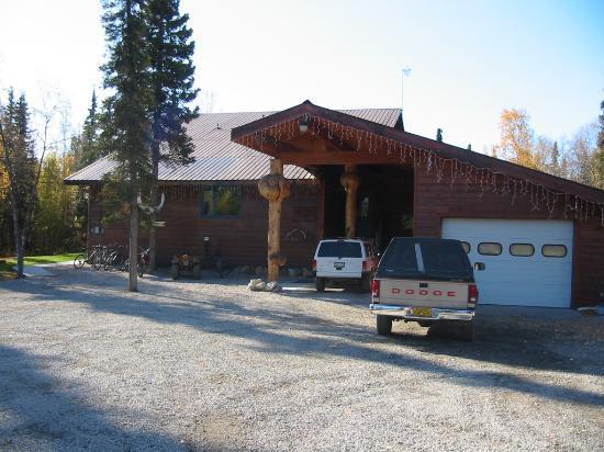 Photo of Takusko House Lodge McGrath