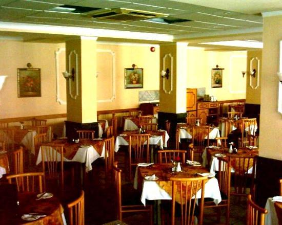 โรงแรมซานพอว์: restaurant