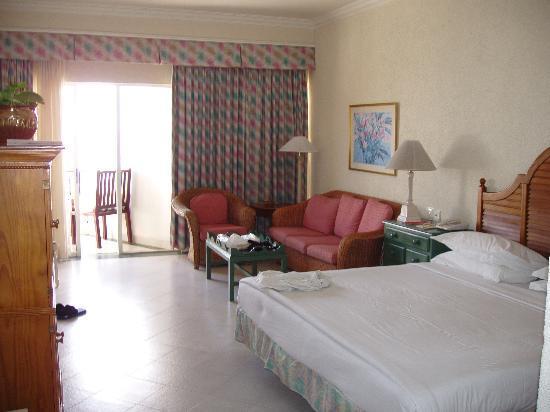Vivanta by Taj - Bentota : Inside Room 603