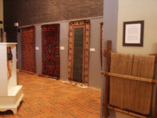 Armenian Library and Museum of America (ALMA): Ethnic rugs