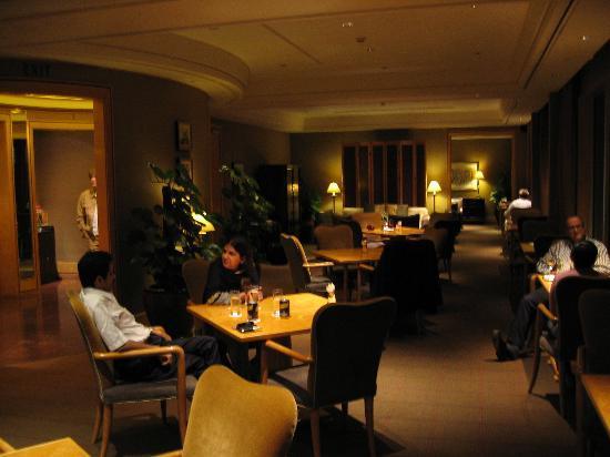 The Ritz-Carlton, Millenia Singapore: Executive Club Lounge