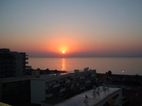 smartline Los Jazmines: Sunrise