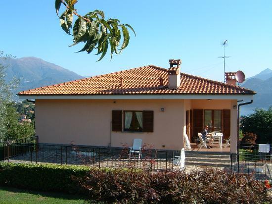 Photo of Appartamenti Acero Rosso Bellagio