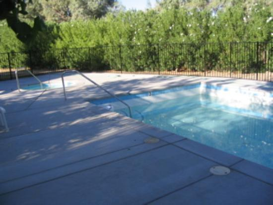 Twentynine Palms, CA: New pool being filled for the first time.