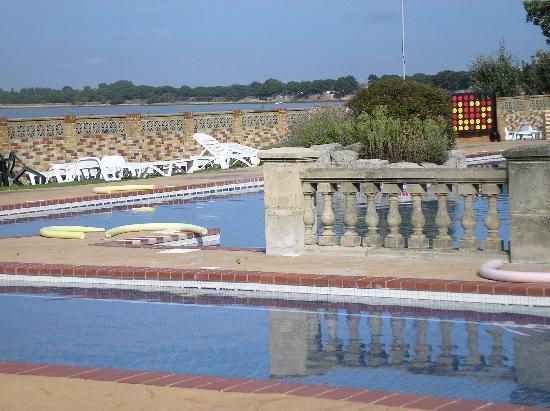 Warner Leisure Hotels Sinah Warren Hotel: Outside pool