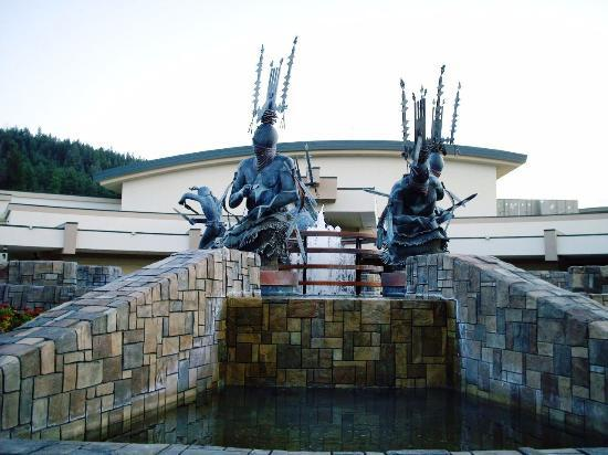 Inn of the Mountain Gods Resort & Casino: What an entrance!