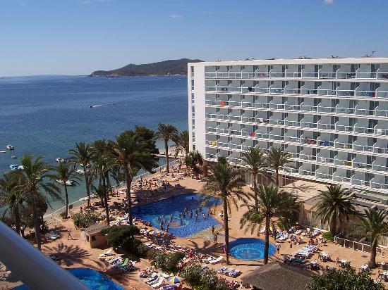 Sirenis Hotel Goleta & Spa: View from balcony