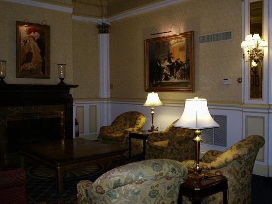 Lenox Hotel: Lenox Lobby area
